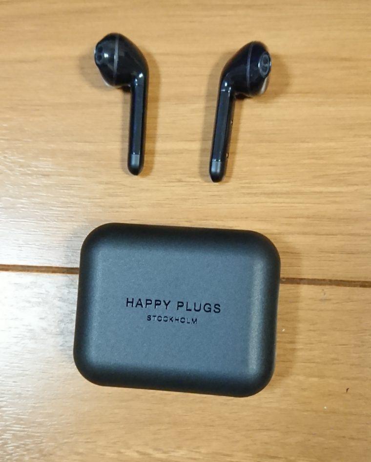 HAPPY PLUGS AIR1の外観と付属品