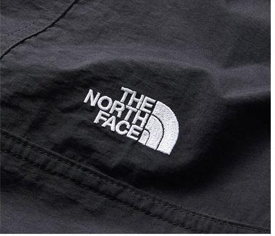 ザ・ノース・フェイスコンパクトジャケット刺繍もロゴ