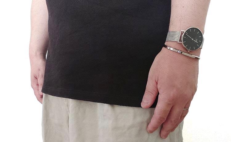 ダニエルウェリントンの時計PETITE STERLINGコーデ